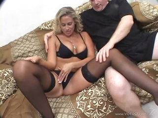 Horny Golden-haired MILF Kylie G Worthy Gets Fucked In an Interracial Threesome