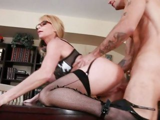 Large titted Taylor Wane can't live without getting fucked from behind