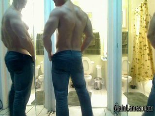 Muscle Guy Showing Hard Ass!!...
