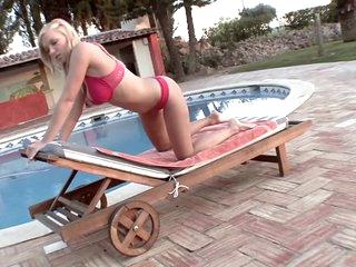 Gorgeous Naturally Breasty Blonde Karolina King Masturbating Outdoors