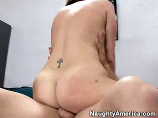 Bubble butt dark brown Valerie Luxe gets rammed by a thick cock