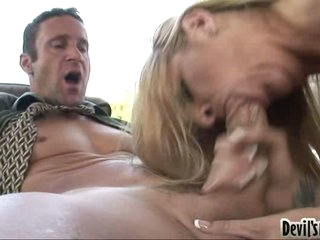 Robbye Bentley gives the fortunate chap a wild messy blow on the cock