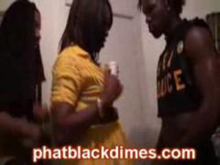 Real black amatuer ghetto bitch suck cocks