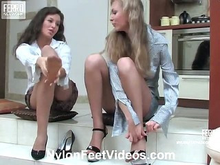 Frances&Stephanie lustful nylon feet video