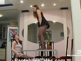 Fidelia&Nellie kinky hose episode