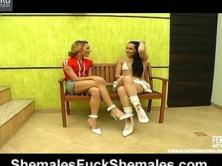 Mylena&Kalena videotaped during the time that 69 engulfing