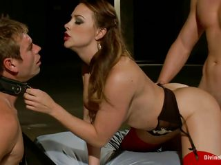chanel enjoying the dominating kinky sex