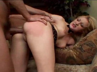 Lots of hot cumshots in her waiting mouth